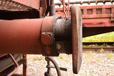 train-1688296_1280
