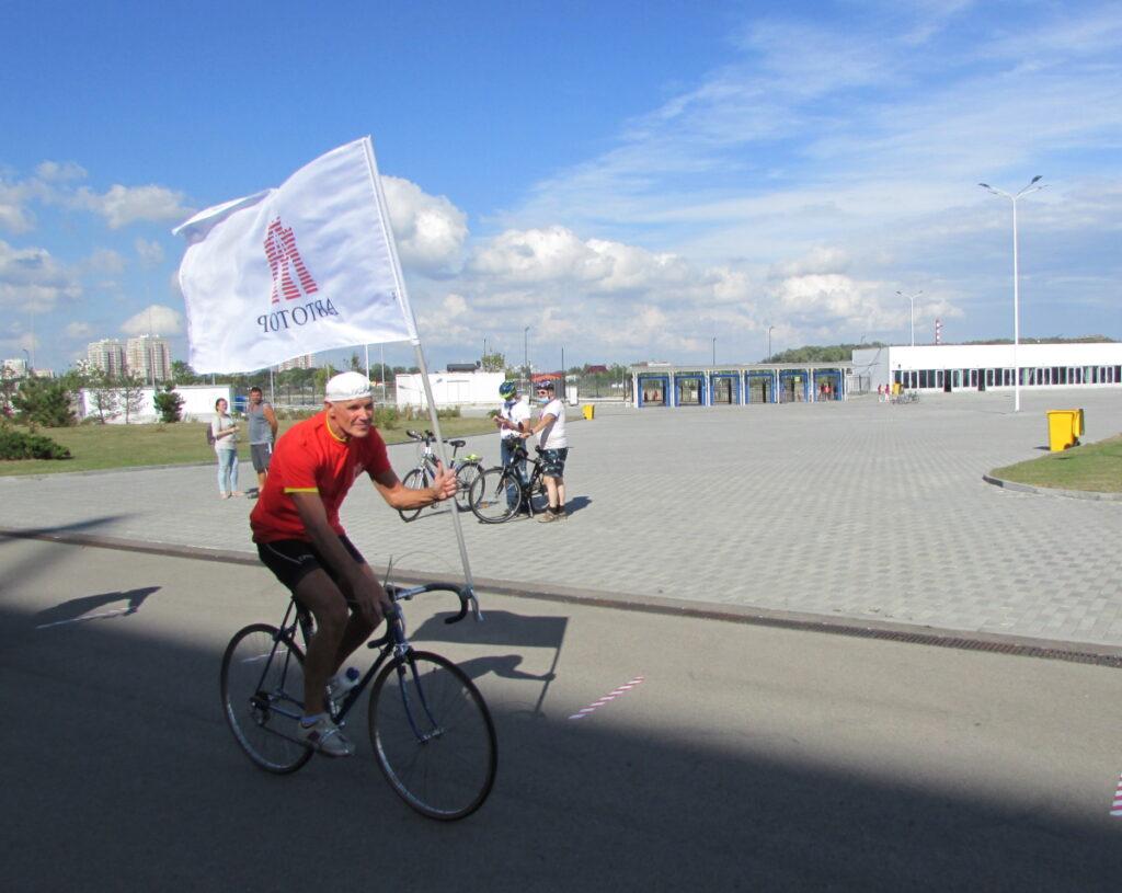 «Автотор» поддержал благотворительный велозабег в Калининграде — «Делай на вело доброе дело»