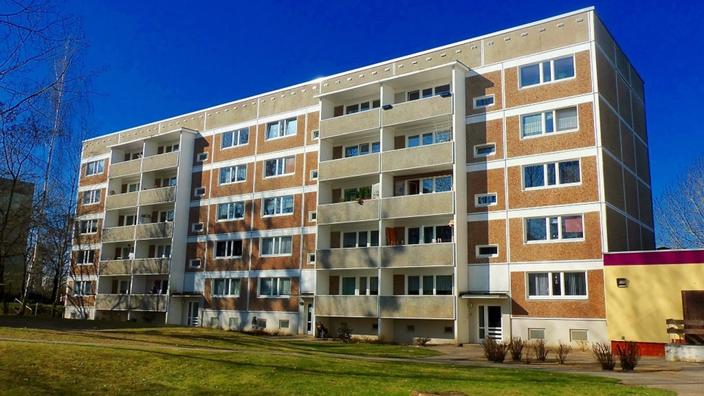 appartment-building-835817_960_720