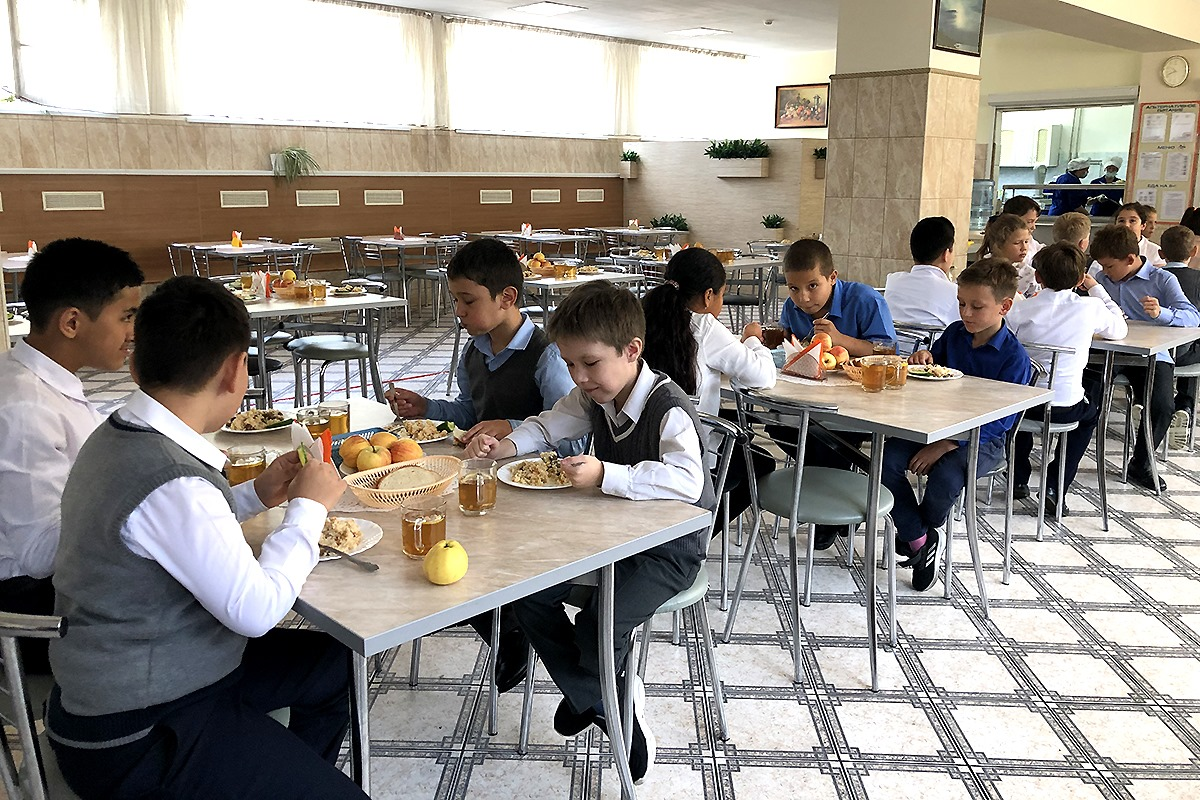 Родители жалуются на питание школьников в Калининградской области