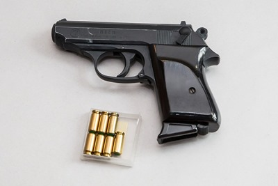 pistol-1434021_960_720