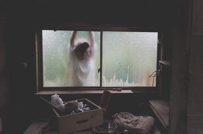 window-1685938_960_720