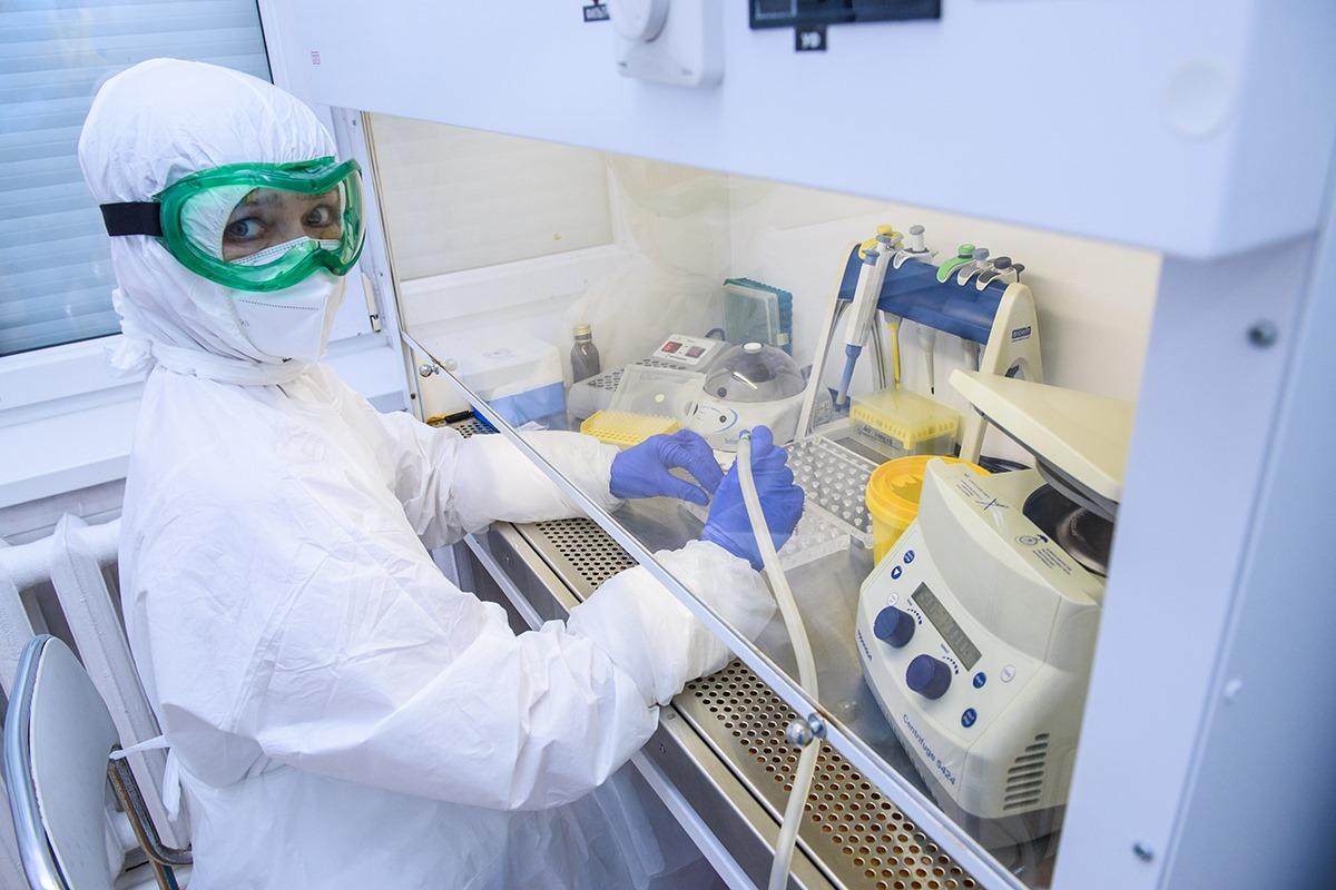Африканские страны начнут получать российскую вакцину «Спутник V»