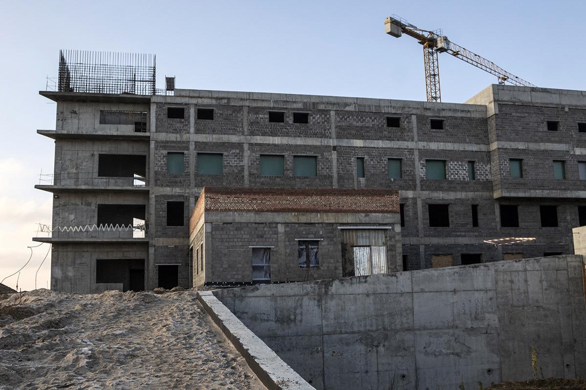 В Калининграде пытаются наверстать график строительства онкоцентра