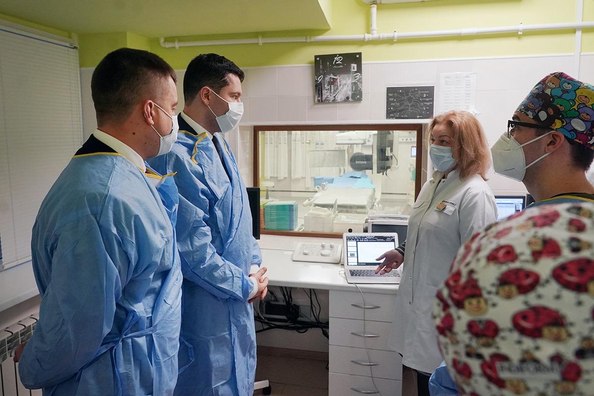 Алиханов похвалил больницу Гусева: «Теперь люди могут лечиться здесь и не тратить время на дорогу в Калининград»