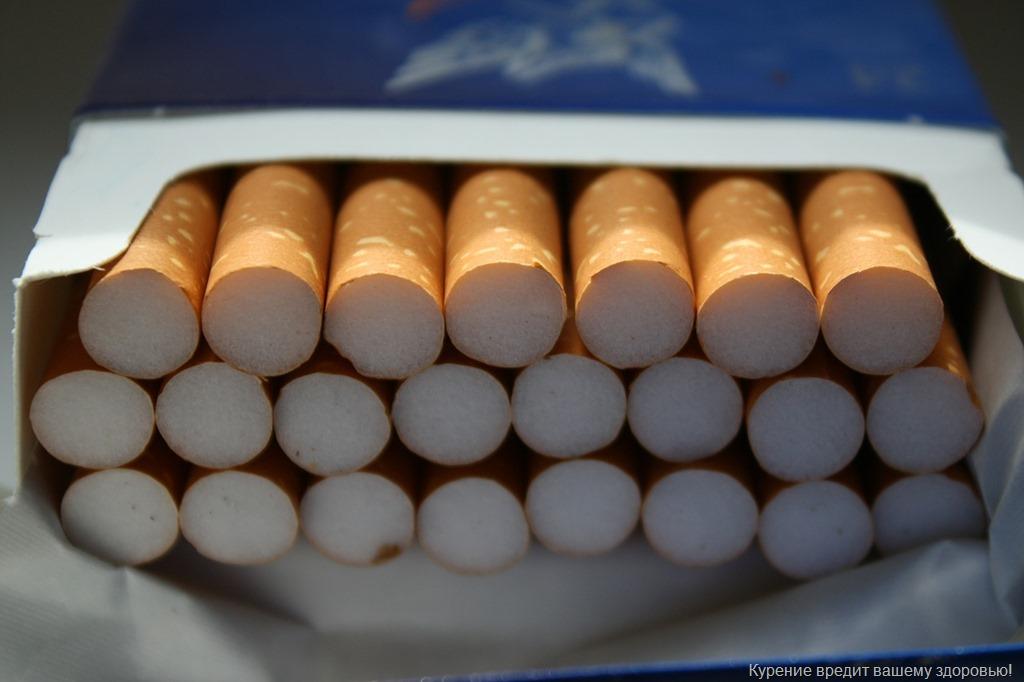 Депутаты ограничили допустимое к провозу количество сигарет без акцизов