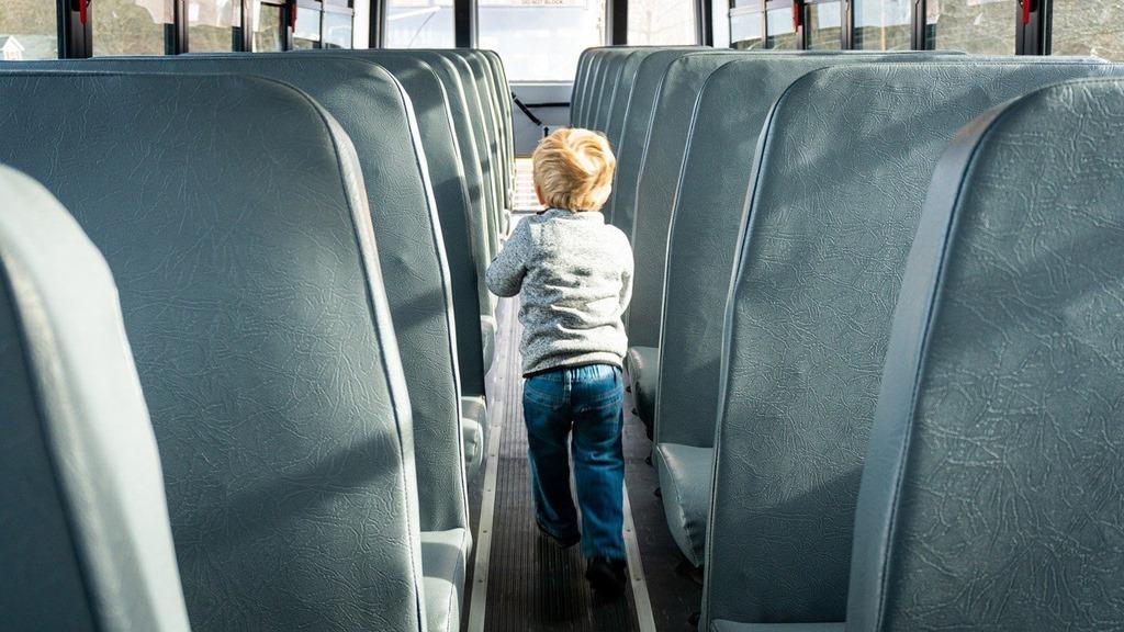 school-bus-4682659_1280