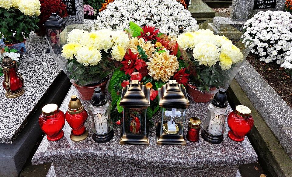 cemetery-1788443_960_720