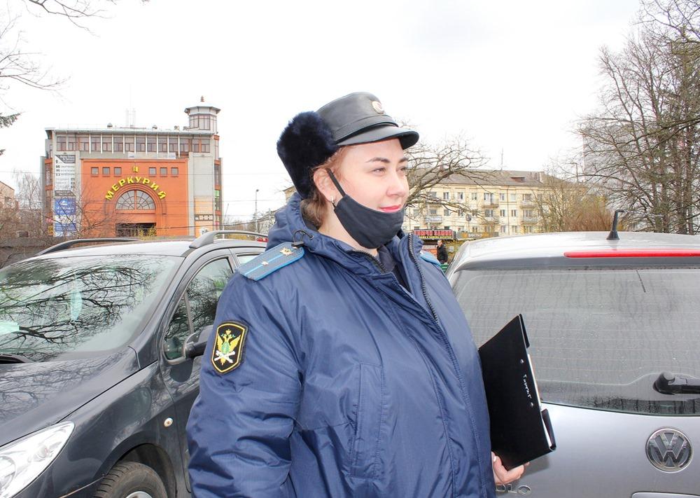Задолжавший за нарушение ПДД 400 тысяч рублей калининградец попался в руки приставов