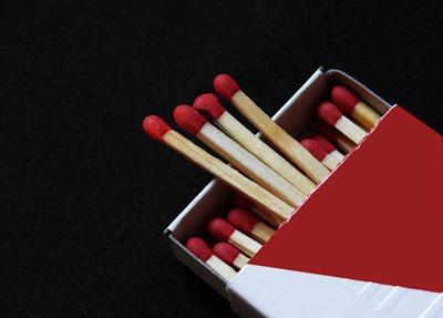 matches-1974780_1280