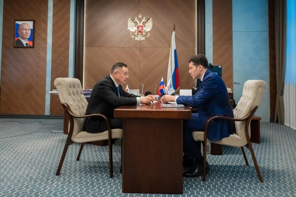 Алиханов рассказал министру строительства и ЖКХ РФ о ценах на жильё и планах благоустройства