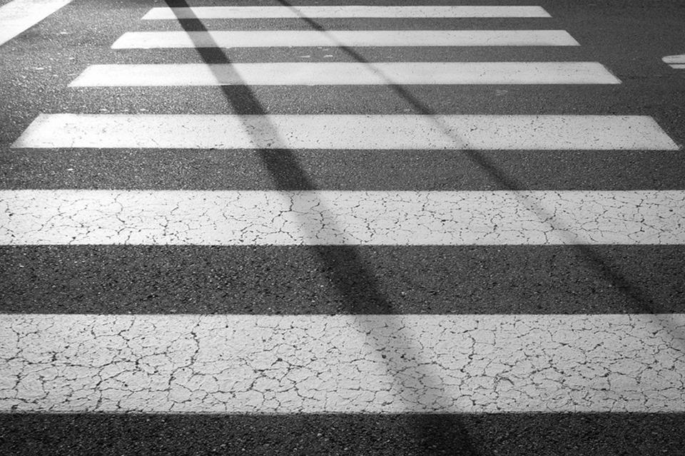pedestrian-1870889_960_720 (1)