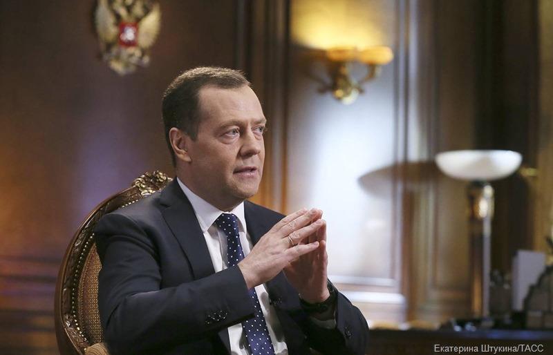 Дмитрий Медведев об оценке выборов в России на Западе: «Вообще плевать на такие заявления»