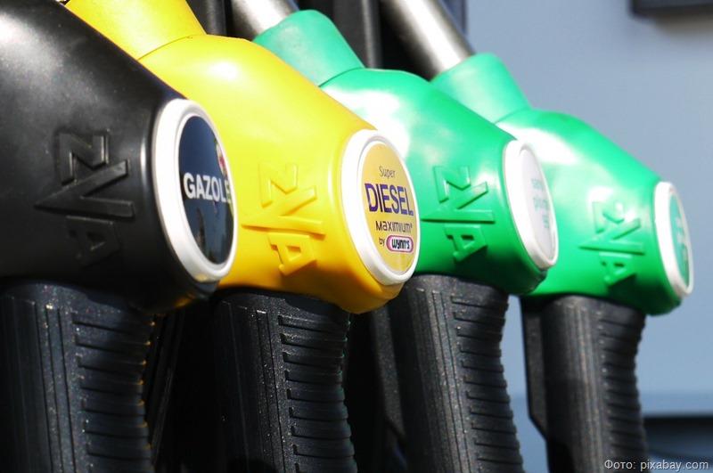 Бензин в Калининграде почти на три рубля дороже, чем в среднем по стране